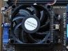 základná doska s osadeným procesorom a box ventilátorom