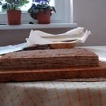 Oblátkový koláč s orechovou plnkou