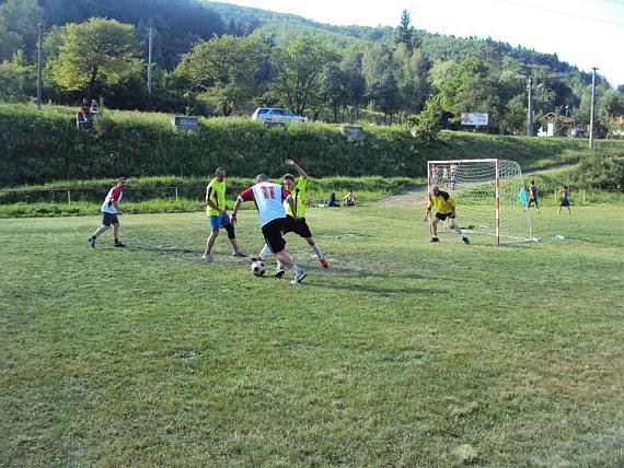 Futbal Zlatno